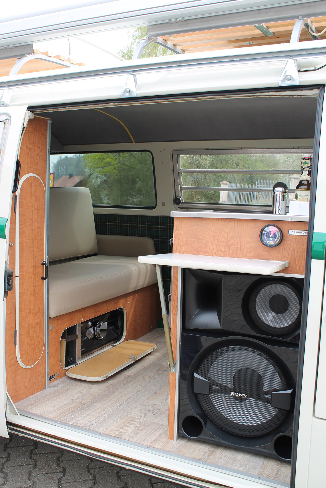 VW Bus T2 Schlossbrauerei Hohenthann - Holucar ...