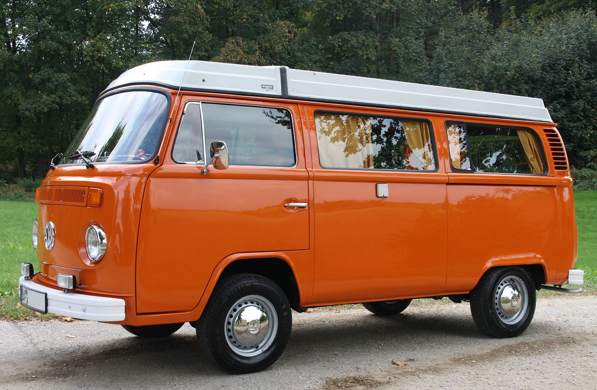 Vw Bus 2015 >> VW Campingbus T2 - Holucar Oldtimerrestaurierung