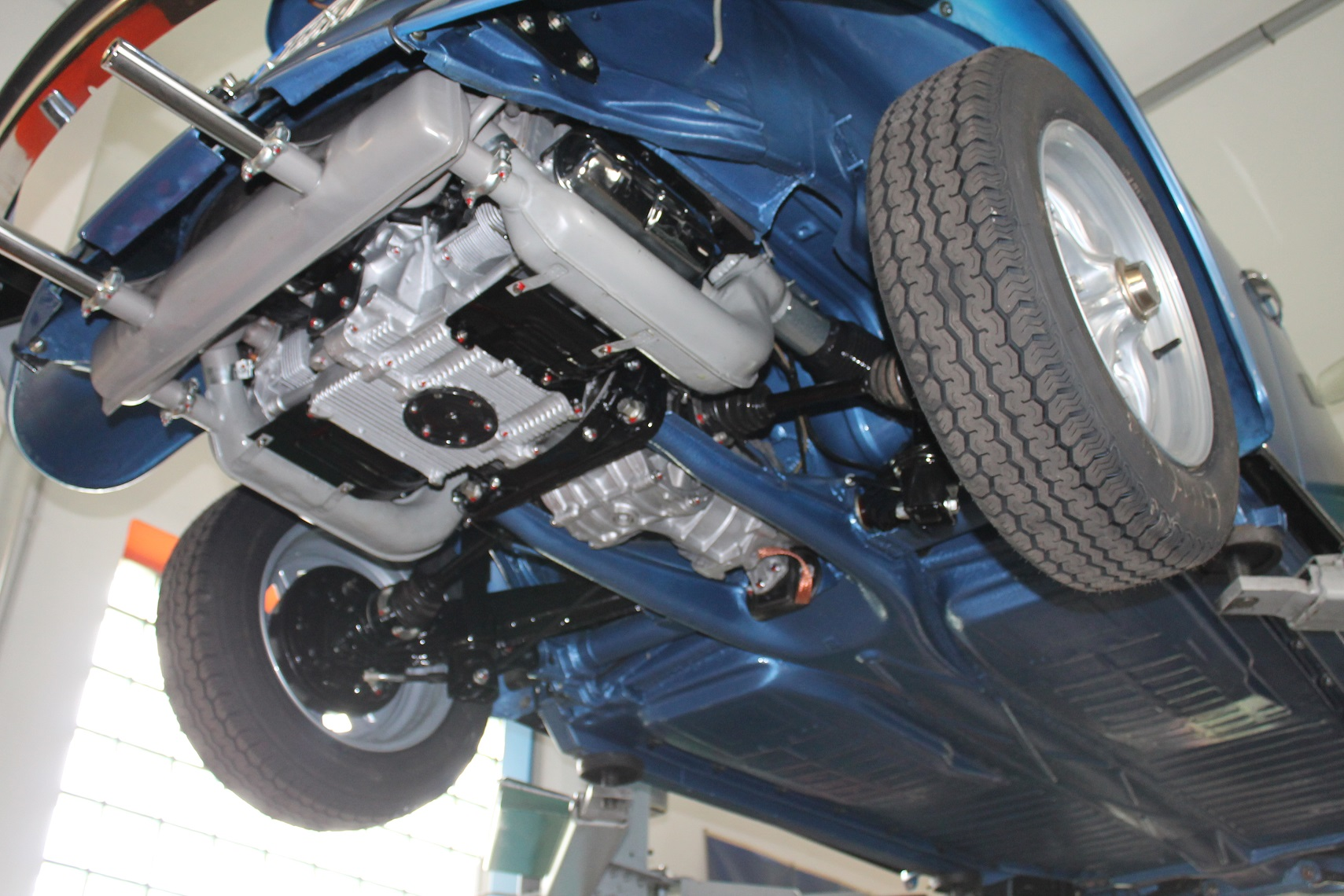 VW Käfer Cabrio - Holucar Oldtimerrestaurierung