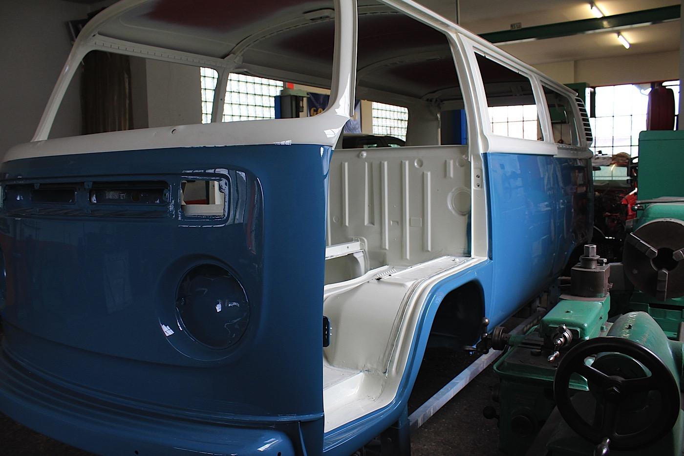 Vw Bus 2015 >> VW Bus T2 - Holucar Oldtimerrestaurierung